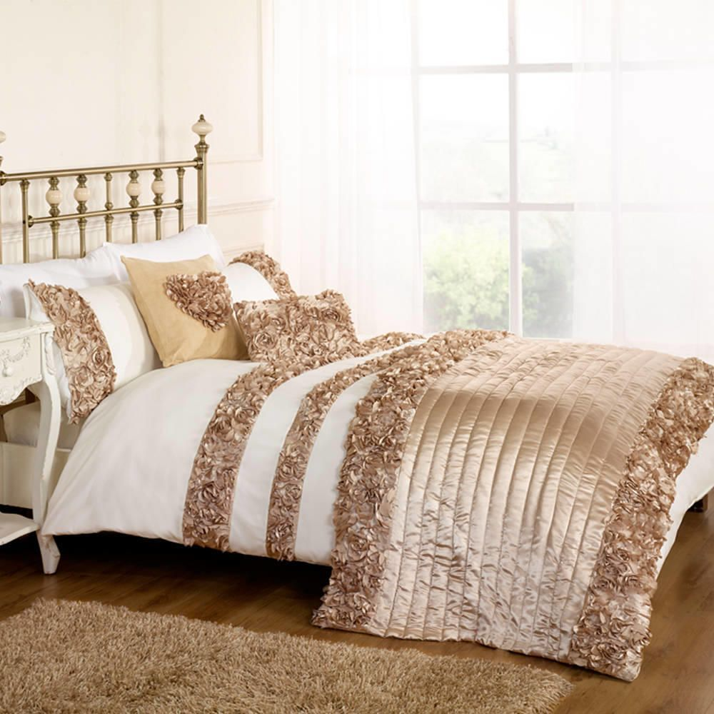 Roses Double Duvet Set Gold From Litecraft