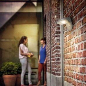 Monochrome Alfresco : Top 7 Garden Solar Lighting Picks