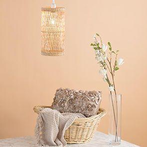 Warm Wicker & Floral Interiors
