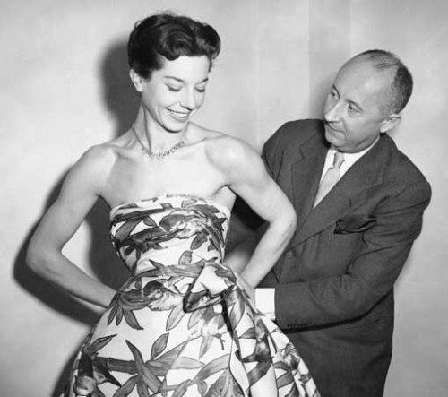 Learning with Litecraft : Christian Dior