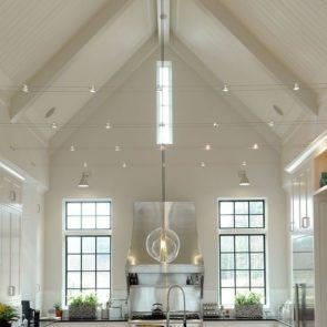 How to illuminate vaulted ceilings with some key lighting tips