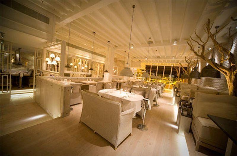 Manchesters-Finest_Australasia-Restaurant-min