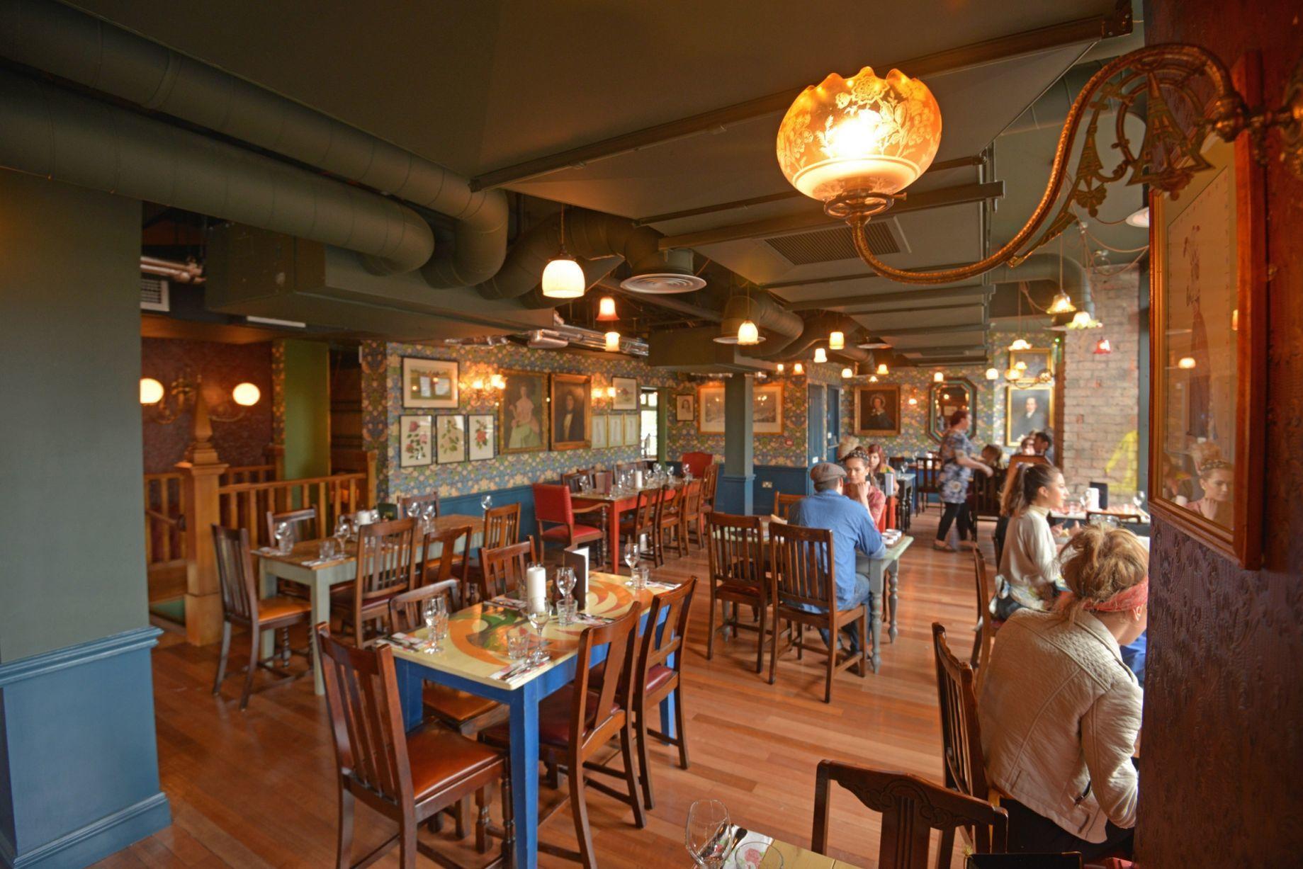 Cosy Club Dining Room