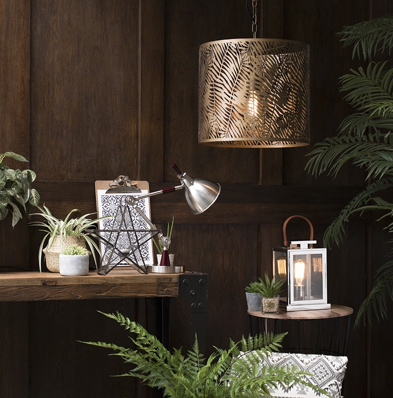 Win a blogger inspired light with our 'Theresa Gromski' competition