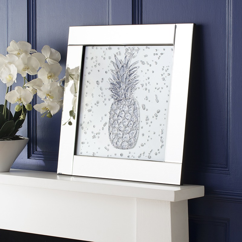 Brand New Mirrored Wall Art from our Homeware range