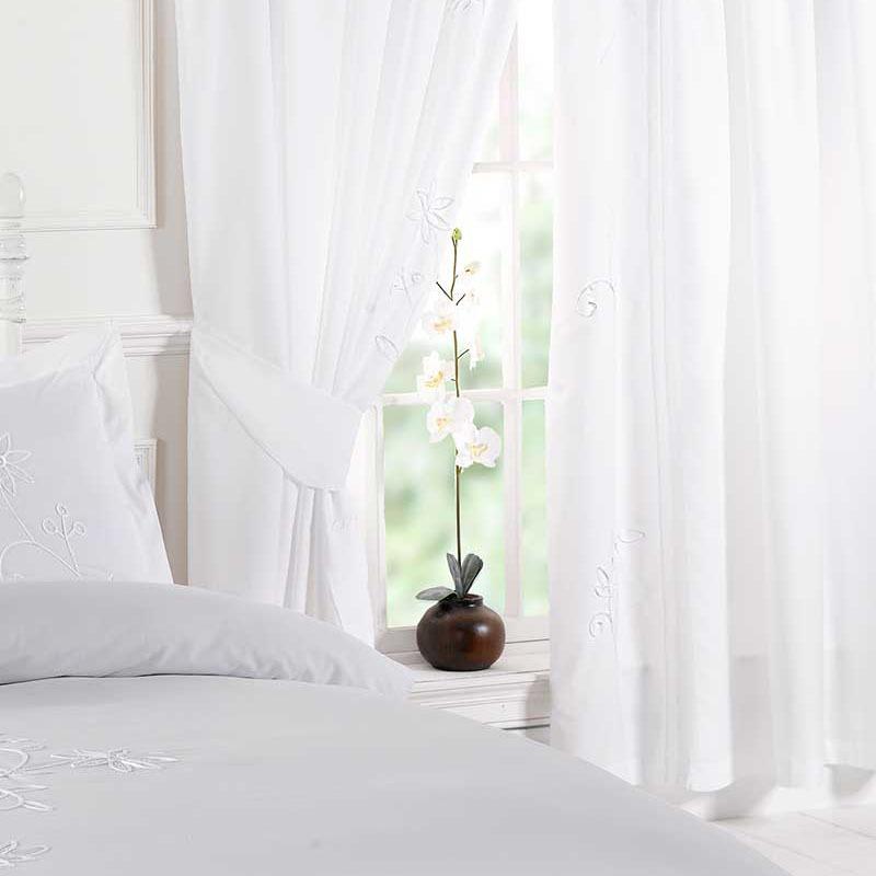 Plain White Curtains, white winter lighting